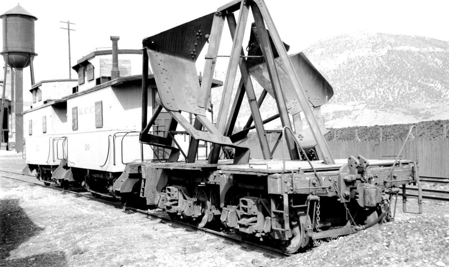 Ballast Spreader and Bobber Cabooses